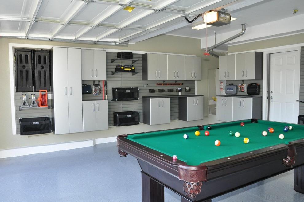 Large trendy garage photo in Salt Lake City