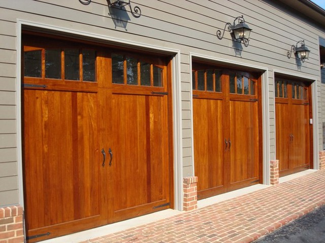 Garage Doors traditional garage doors