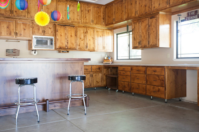 garage entertainment - Traditional - Garage And Shed - sacramento - by Timberwood Custom Cabinets