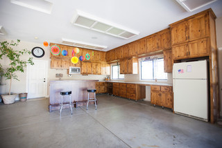 Garage entertainment traditional granny flat or shed for Timberwood custom kitchens
