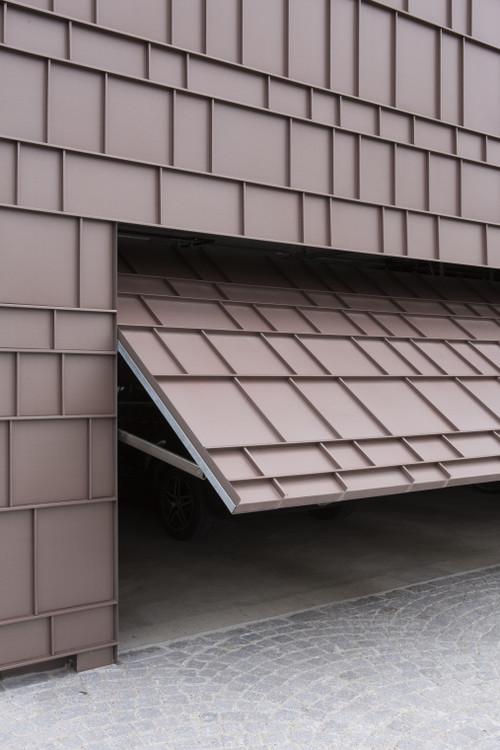 Garage-Spa in Switzerland