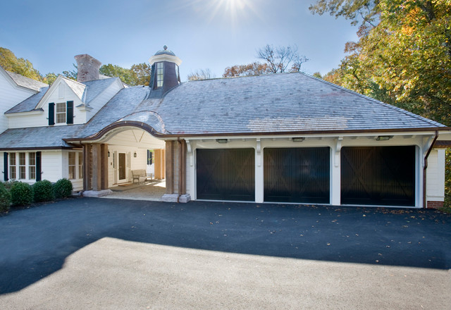 Hillside Mari Traditional Garage Boston By Meyer