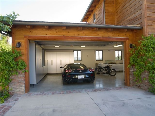 garage lighting ideas interior - His Dream Car Garage Contemporain Garage et Abri de