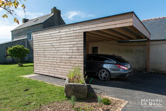 Jardin rural moderno garaje brest de mathieulegall for Garajes quinchos