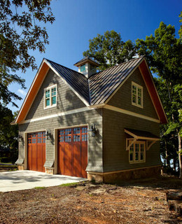 Lake house cabana traditional garage charleston by for Garage ad st coulomb