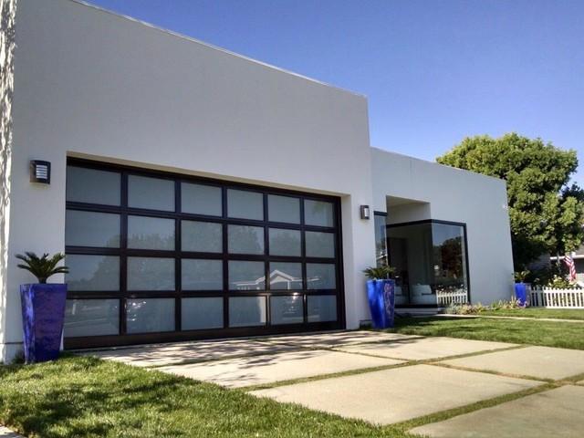 Newport Beach Modern Garage Door