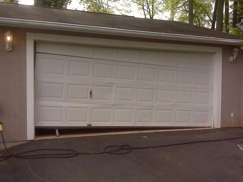 Common Problems that Need Roller Garage Door Repairs
