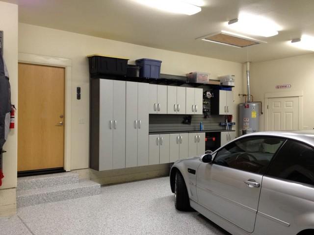 garaje wall storage system: