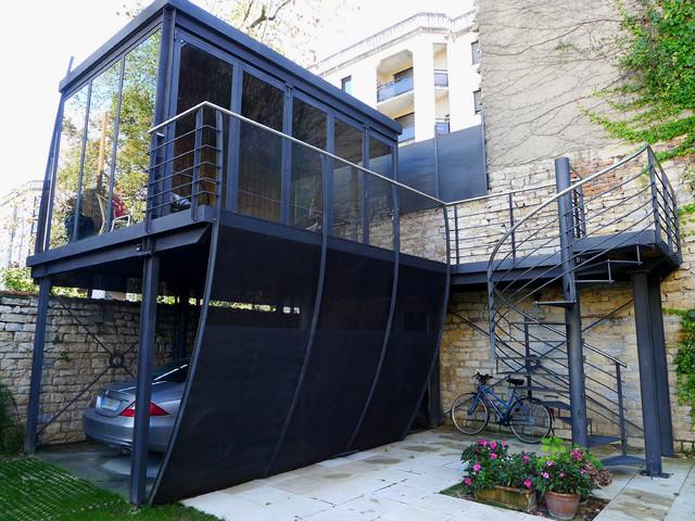 salon d 39 ete contemporary garage dijon by athias architecte. Black Bedroom Furniture Sets. Home Design Ideas