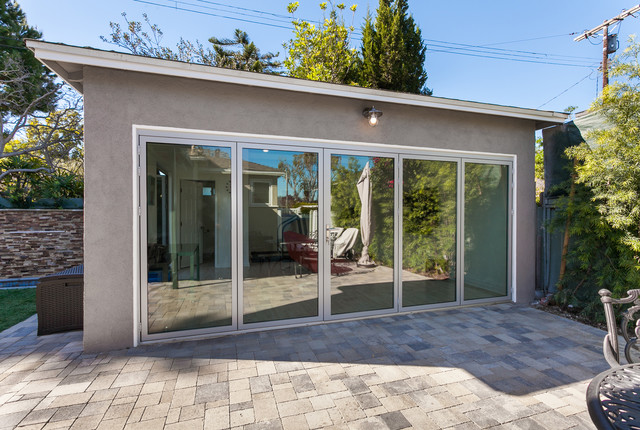 Santamaria garage remodeling modern garage los for Garage santamaria saint maximin