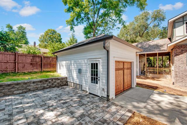 Spacious South Nashville Home Craftsman Garage