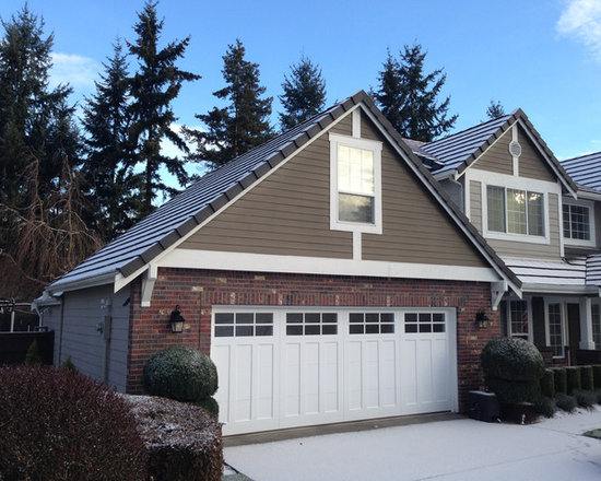 Therma elite steel insulated carriage style garage door for Therma door garage insulation
