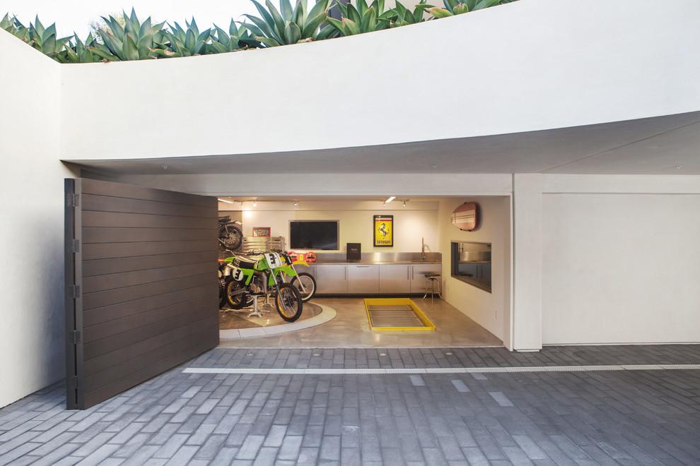 Inspiration for a modern garage remodel in Orange County