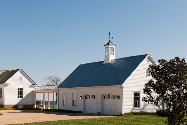 Tidewater Traditions Breezeway And Garage Farmhouse