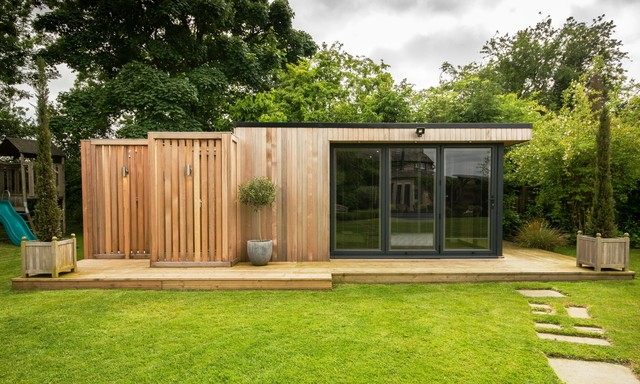 Garden room with sauna extension contemporary garden for Garden rooms cheshire