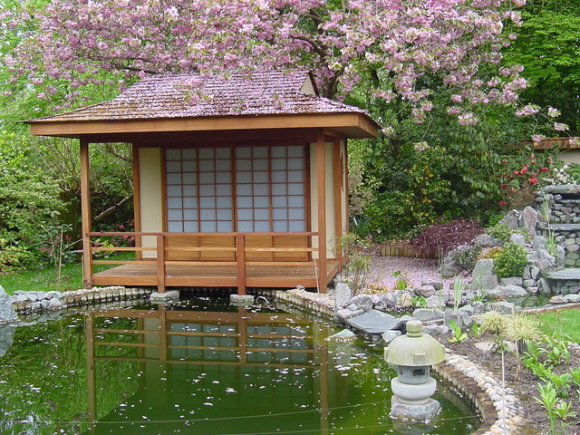 Japanese tea house shed gallery for Japanese house garden