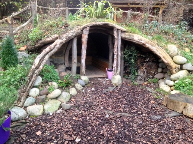 simple hobbit hole 'cave' for a school - rustic - garden shed and
