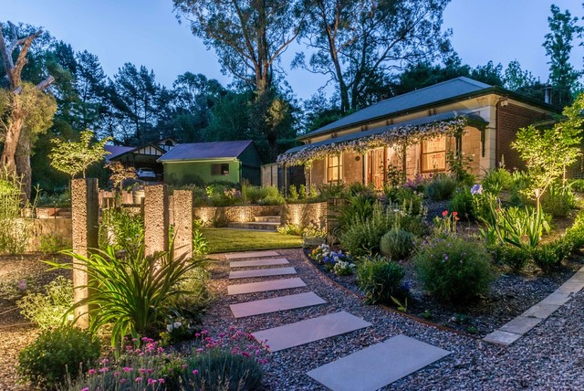 Adelaide hills farmhouse landscape adelaide by led for Adelaide hills landscape