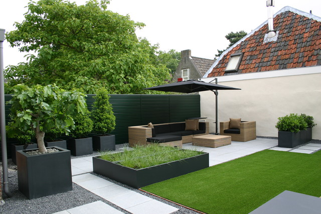 aluminium garden planters modern garden kent by the pot company. Black Bedroom Furniture Sets. Home Design Ideas