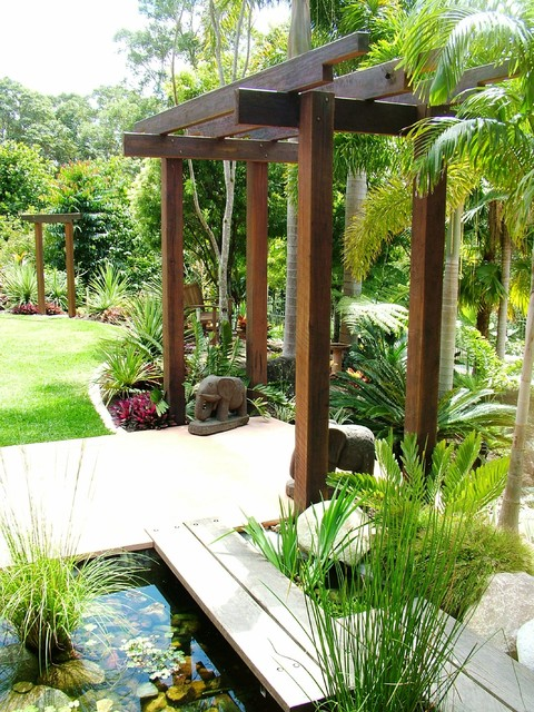 Asian influenced outdoor Tropical Landscape