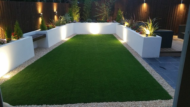 Back garden re design bradley stoke bristol uk for Back garden designs uk