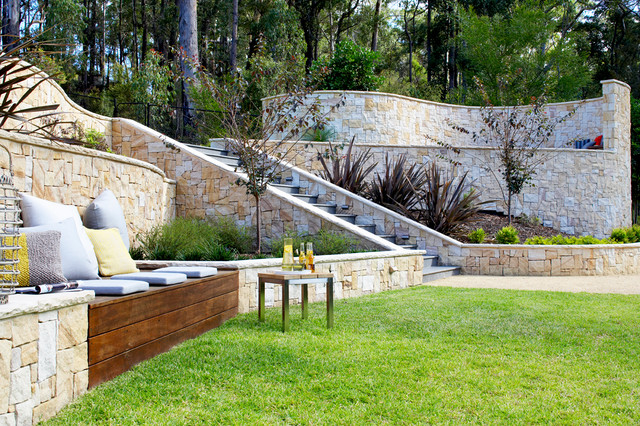 Backyard garden design ideas for Home garden design houzz