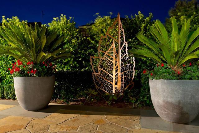 Backyard Garden Sculptures (metal Art) Industrial Garden