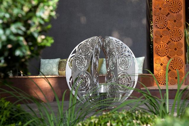 Superbe Backyard Garden Sculptures (metal Art) Contemporary Garden