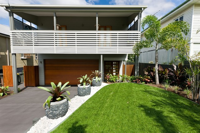 Balmoral tropical landscape brisbane by utopia for Garden design queensland