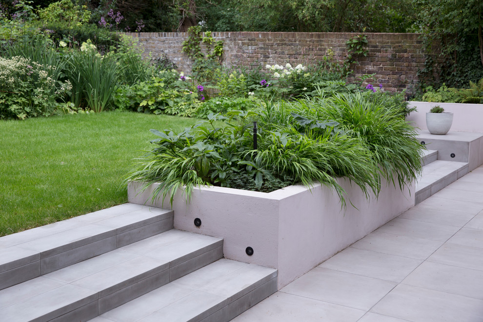 Design ideas for a landscaping in London.