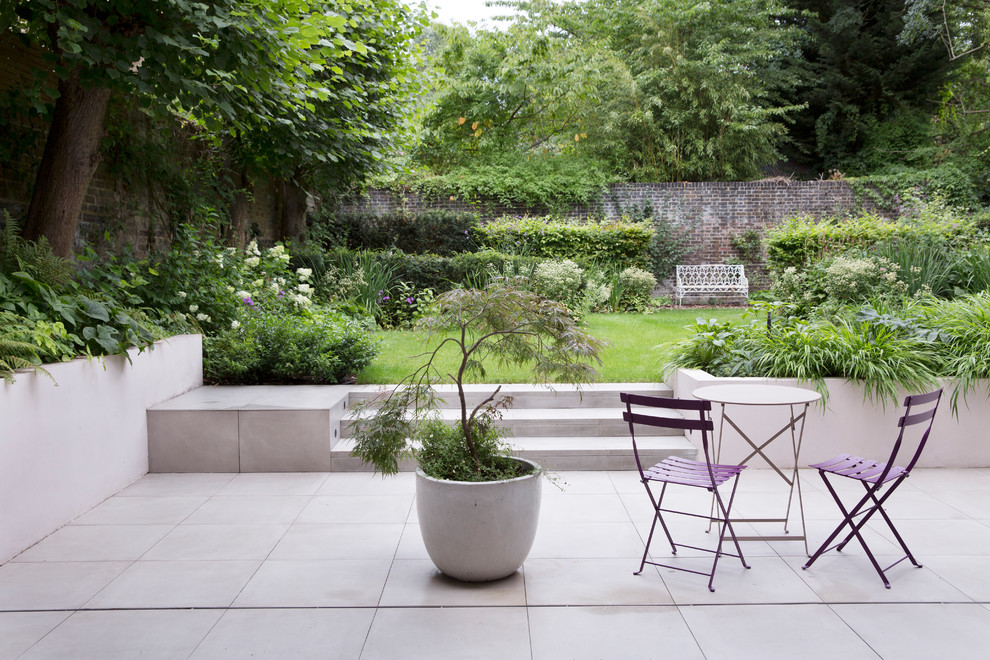 Inspiration for a landscaping in London.