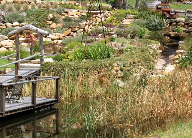 Brooks Garden traditional-landscape