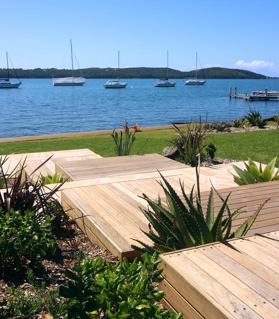 Carey bay beach style landscape newcastle maitland for Beach landscape design
