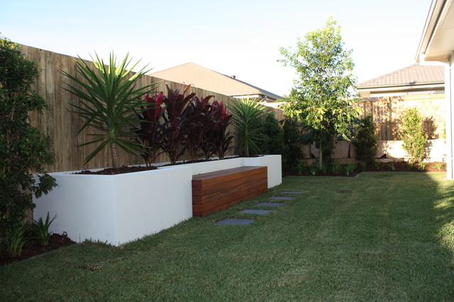 Clarendon display homes clive road birkdale brisbane qld for Garden design qld