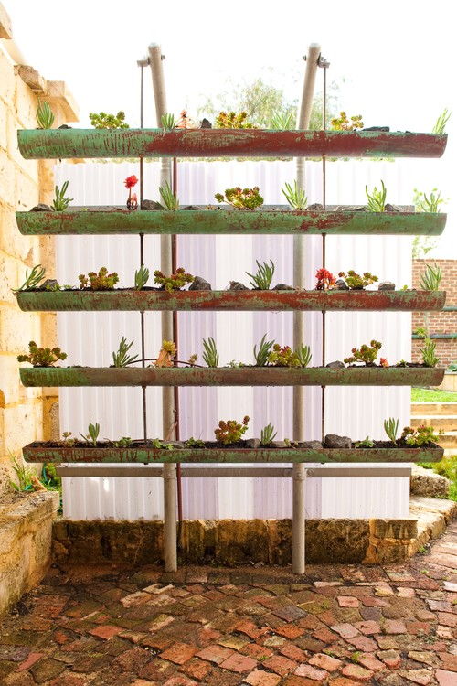 Garden Ideas, Landscaping ideas, Vertical Planting, small garden, trellises, living wall, garden wall