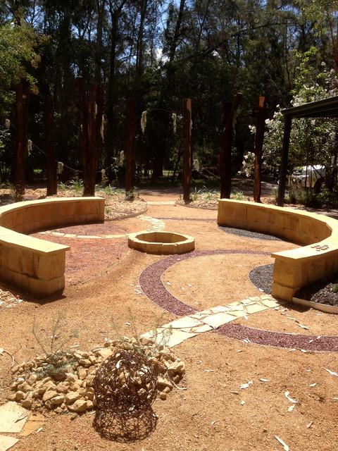 Contemporary Australian Native Garden - Contemporary ...