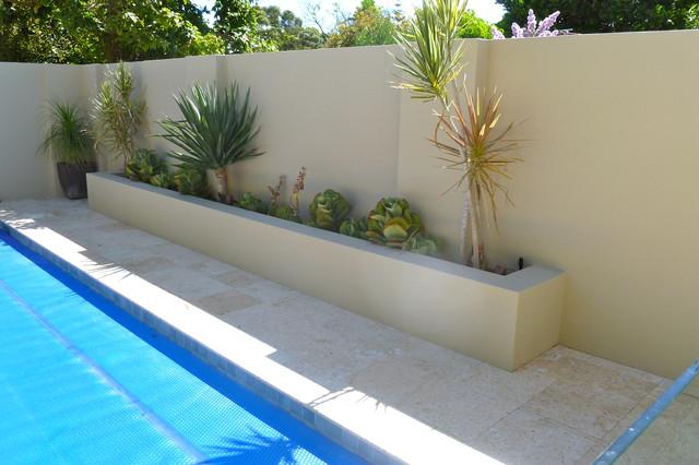 Contemporary garden and vertical garden feature for Garden design perth