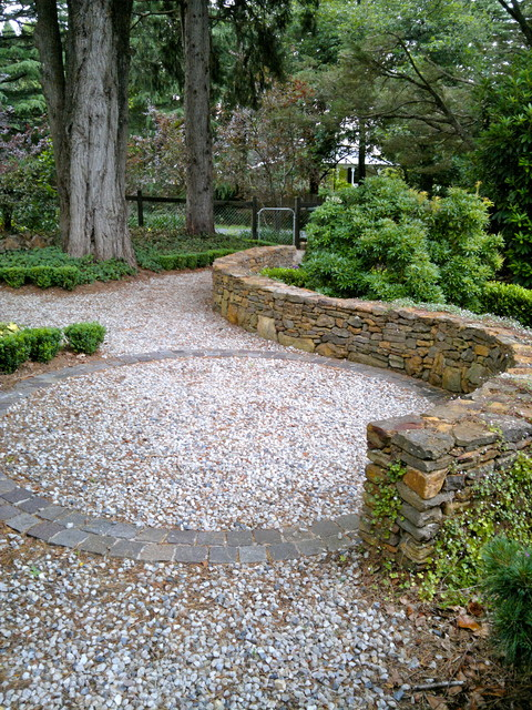 Cool Climate Garden traditional-landscape
