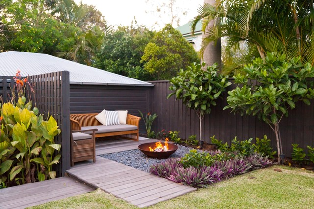 Cooparoo 3 tropical garden brisbane by utopia for Landscape gardeners brisbane