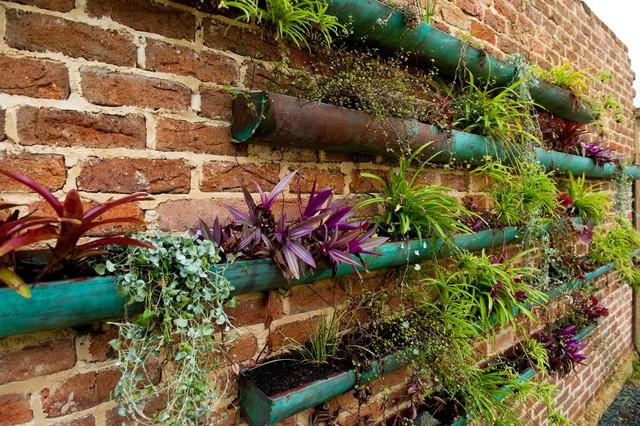 Gartendeko selber machen – 21 Upcycling-Ideen, die Geld sparen