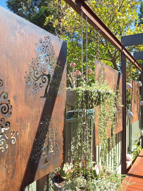 houzz garage door ideas - corten steel garden screens Contemporary Landscape