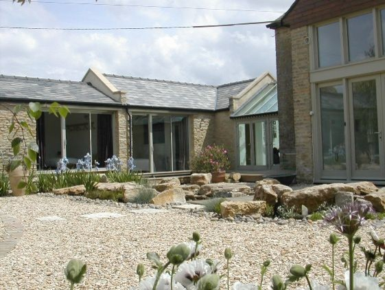 Cotswold barn conversion country garden for Garden conversion
