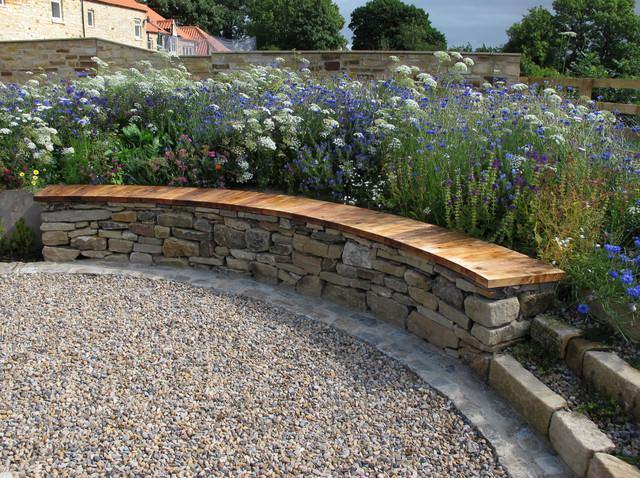 Countryside garden richmond n yorks traditional for Garden design richmond