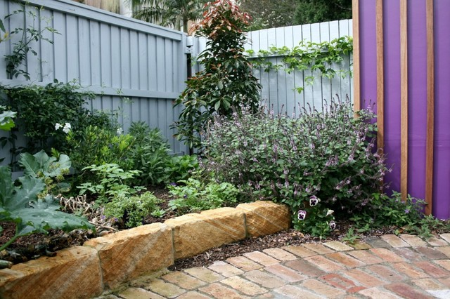Courtyard creation north sydney traditional garden for Courtyard landscaping sydney