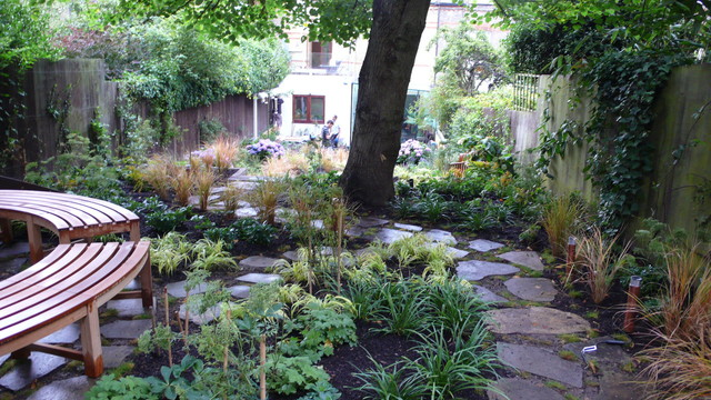 Crouch End Garden Design traditional-landscape