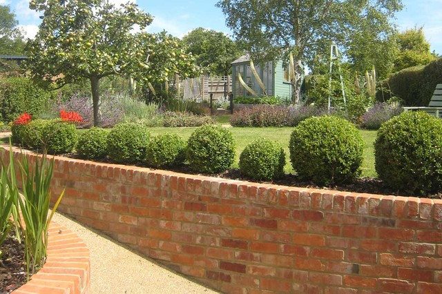 Edwardian Semi Country Garden Berkshire By The