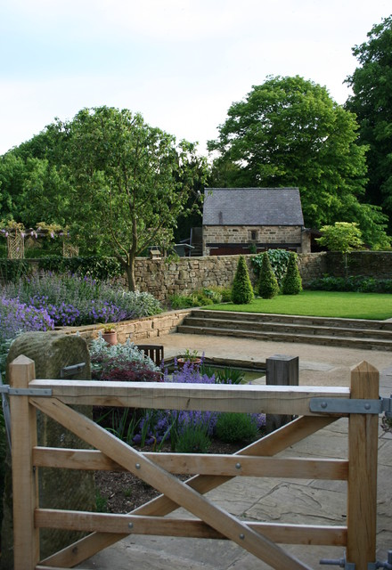 Examples or our Gardens traditional-landscape