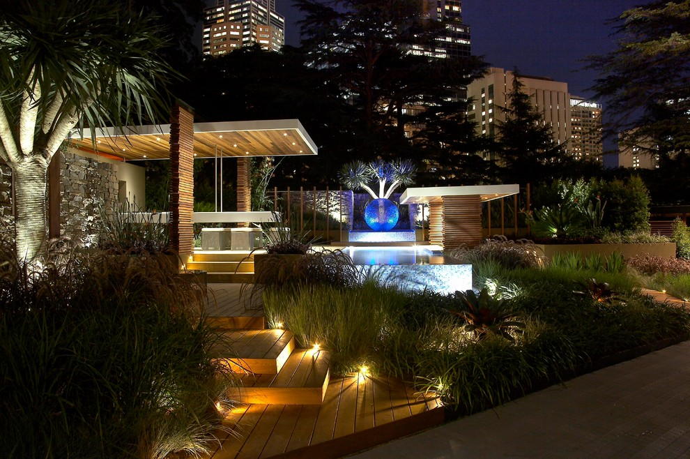 Design ideas for a tropical landscaping in Melbourne.