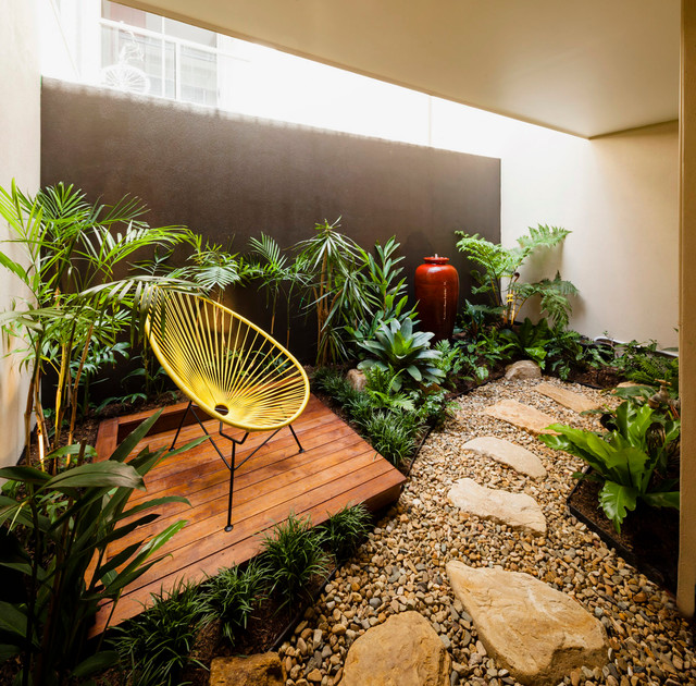 Fortitude Valley - Internal Apartment Courtyard - Tropical ...