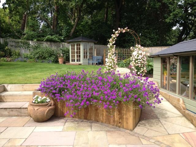 frensham garden landhausstil garten hampshire von. Black Bedroom Furniture Sets. Home Design Ideas